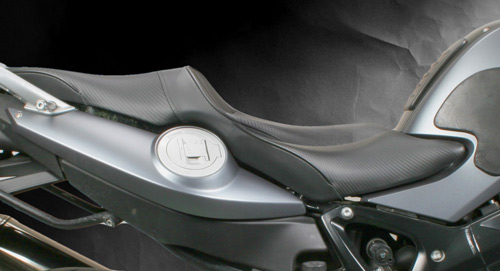 sargent seats bmw f800gt f800s st world sport seat the world sport performance seat for the bmw 800 s st and bmw f 800 gt regular seat offers comparable seat height improved rider and passenger