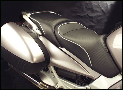 the world sport performance seats are shown on the st1300 with carbonfx and  a metallic silver welt (ws-537-18)